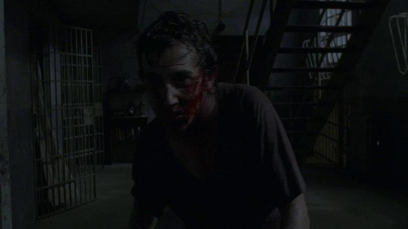 Зомбированный Патрик убивает Грега