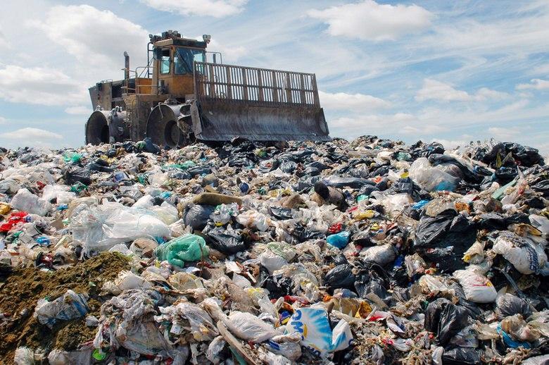 В Стрежевом закопали 4,5 тысячи кубометров опасных отходов.
