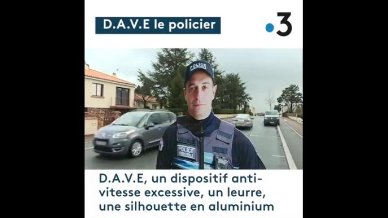 C'est un faux policier, ce D.A.V.E. ...