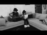 Dave Navarro and his goddaughter Lola performing Jane's Addiction song