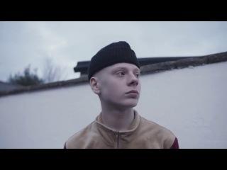 ПЕРЕВОДЧИК | Самый модный подросток | Leo Mandella для HYPEBEAST