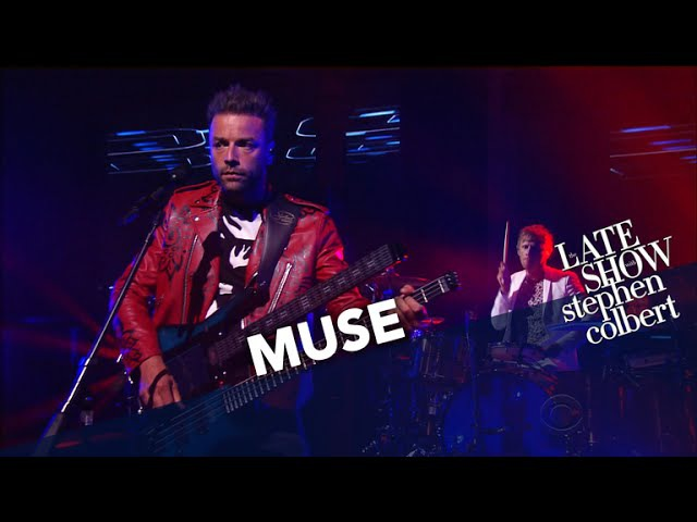 Muse Performs 'Dig Down'