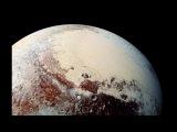 What did NASA's New Horizons discover around Pluto