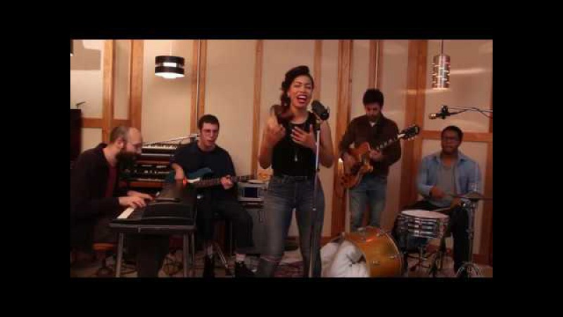 Kiss from a Rose - Seal - Funk cover feat. India Carney