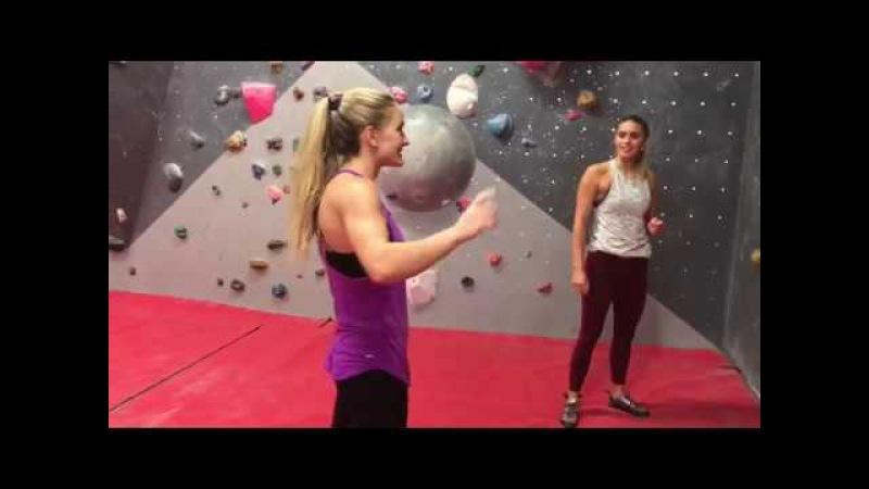 QA Climbing Session with World Champion Boulderer Shauna Coxsey