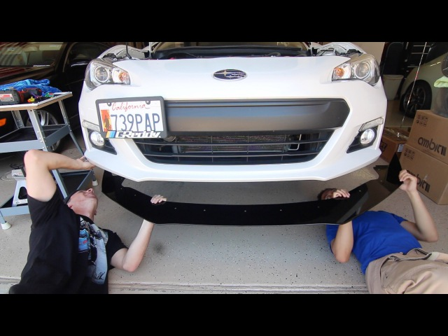 Aggressive Racecar Splitter Install!