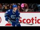 Я с многими русскими игроками НХЛ дружу. Кроме Овечкина - он кумир аудио-интерв ...