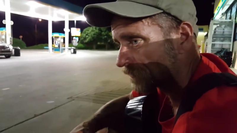 Бездомный парень рубит правду - В поисках смысла