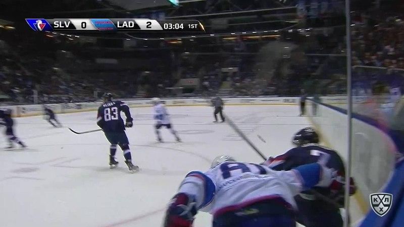 Моменты из матчей КХЛ сезона 17 18 • Удаления Джонатан Чичу Слован и Кристапс Сотниекс Лада получили по 2 минуты 21 10