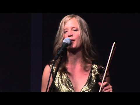 Lucia Comnes Band plays 'There Must Be a Reason'