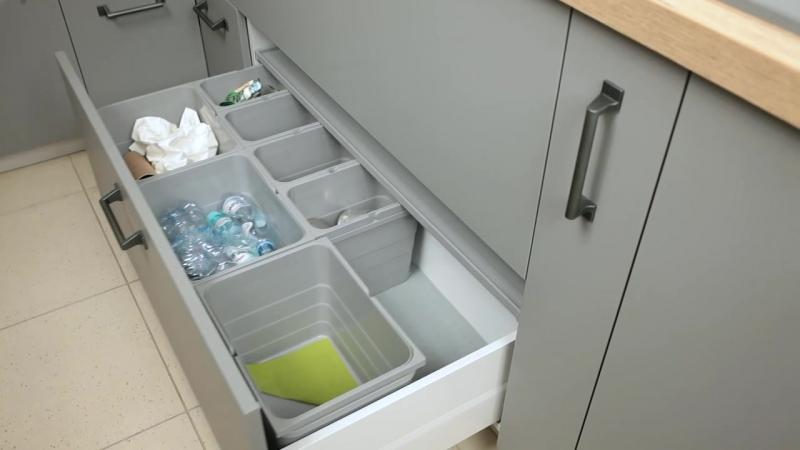 WFM KUCHNIE otwieranie szuflady na odpadki