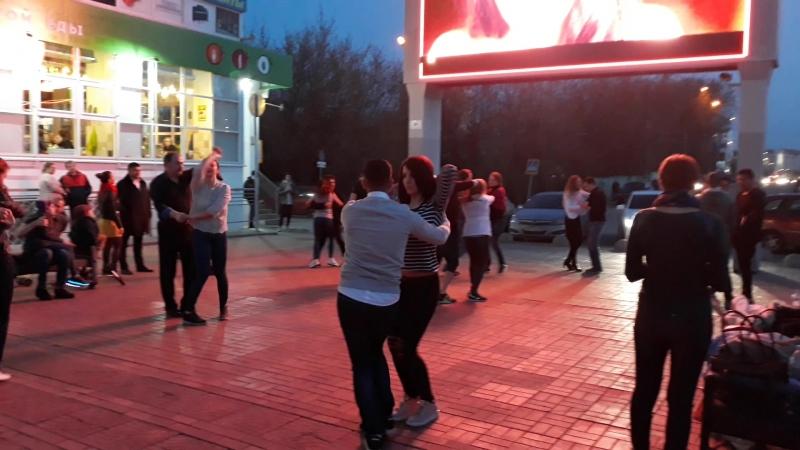 Открытие танцевального сезона опен-эйров 2018, Тверь, Трехсвятская 6к 1
