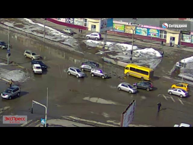 ДТП Бийск у Ривьеры 18 03 2018