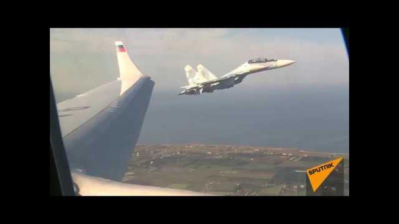 СИЛЬНАЯ И МОЩНАЯ ЛИЧНОСТЬ ! Самолет Владимира Путина на пути в Каир, под прикрытием истребителей Су-30 СМ ВКС России.