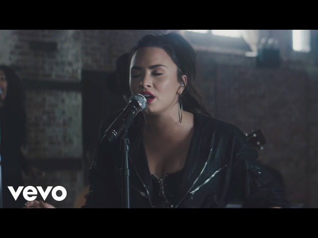 Demi Lovato - Sorry Not Sorry (Vevo X Demi Lovato)