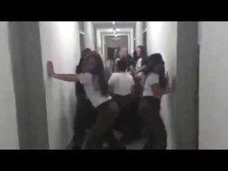 Девушки из армии Израиля передали привет курсантам Ульяновского