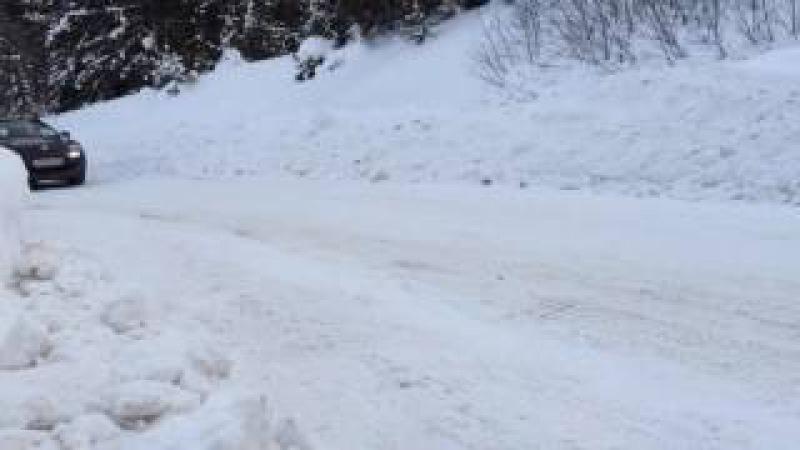 Копия видео Renault Megane и цепи Thule