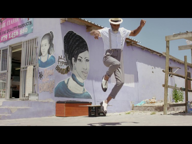 Lost Frequencies Zonderling - Crazy (Official Music Video)