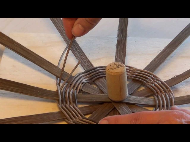 Grundteknik til rund bund af flade sjener og peddigrør