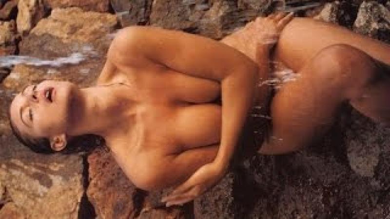 Моника Белуччи (Monica Bellucci) - шикарная итальянка с аппетитными формами