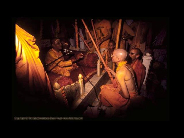 Шрила Прабхупада три стадии повторения святого имени