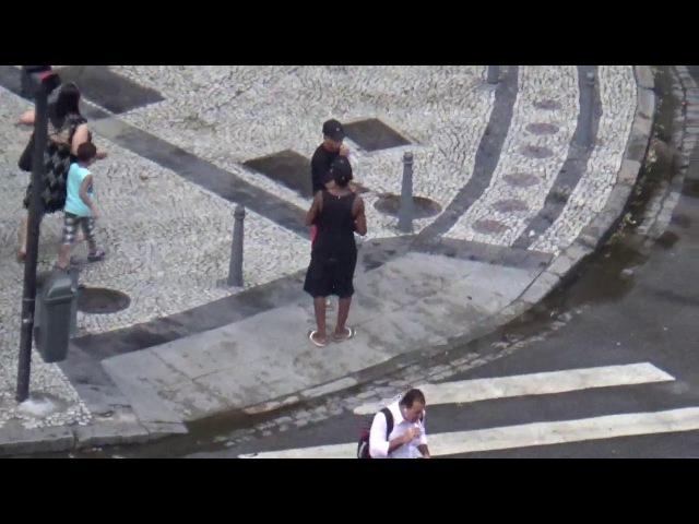 Bote no pescoço da mulher - Rio de Nojeira