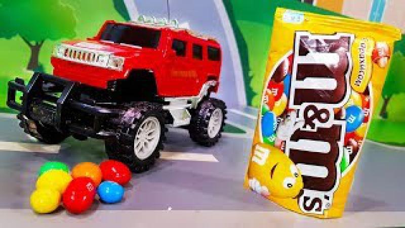 Мультики про машинки Цветные конфеты и новая машинка в мультике – Супер Гонщик ...