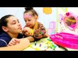 Abla kardeş oyunu: yüz boyama eğlencesi. Çizgi film prenses yüzü boyıyoruz