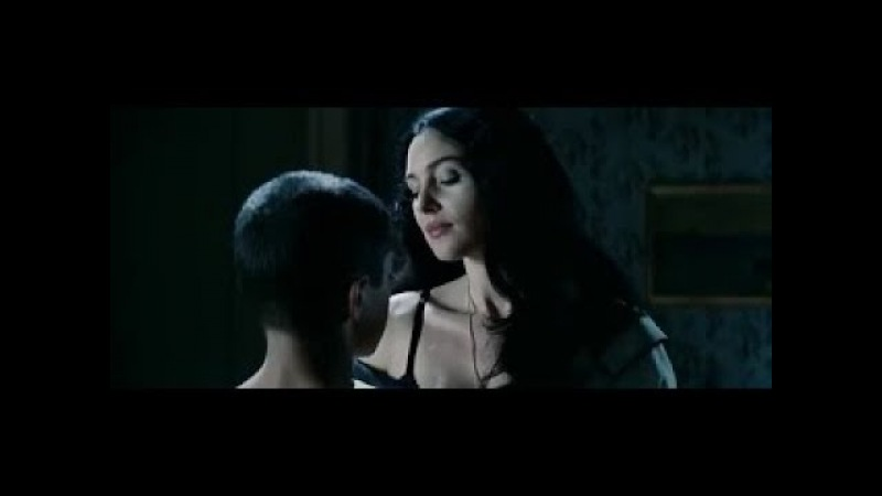Monica Bellucci hottest compilation from Malena (18)