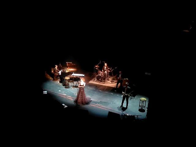 Elena et les garcons(Элена и ребята)- Джонни Johni, tu nes pas un ange