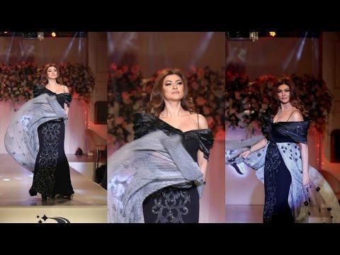 Awesome Ramp Walk By Sushmita Sen At Unveil Rebecca Dewan A Designer Label By A Fashion Show