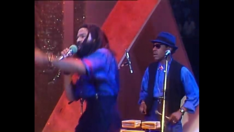Bad Boys Blue - Pretty Young Girl / You're A Woman (live, 1985)