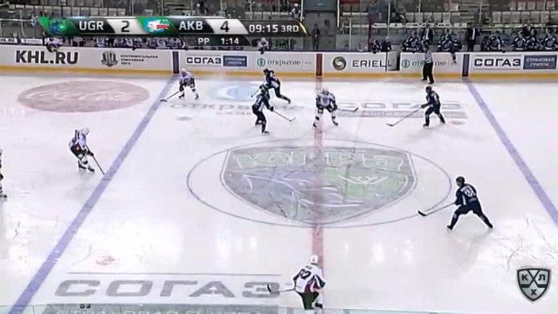 Моменты из матчей КХЛ сезона 17/18 • Удаление. Секач Иржи (Ак Барс) за подножку 08.09