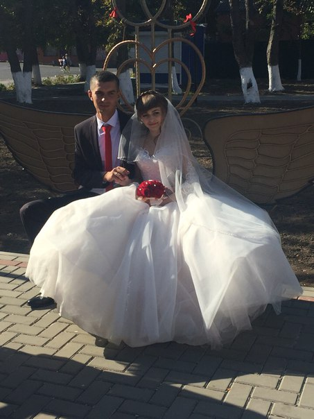 Давайте все вместе поздравим прекрасную пару Людмилу и Александра!!!!