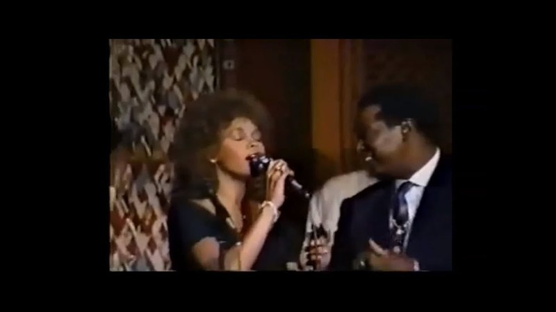 That's What Friends Are For LIVE Whitney Houston Dionne Warwick Luther Vandross Bebe and Cece Winans