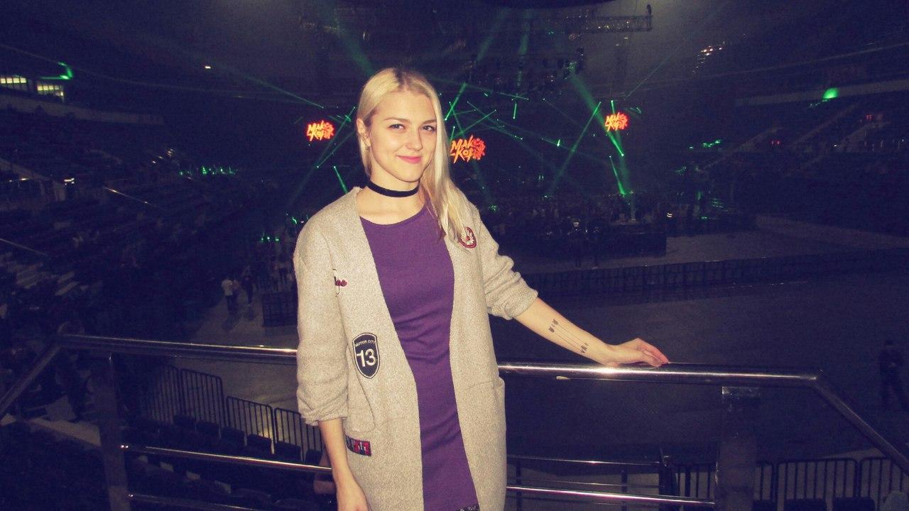 Natasha Adamovich - фото №1