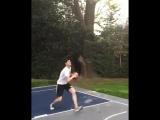 Куртуа продемонстрировал свои баскетбольные таланты