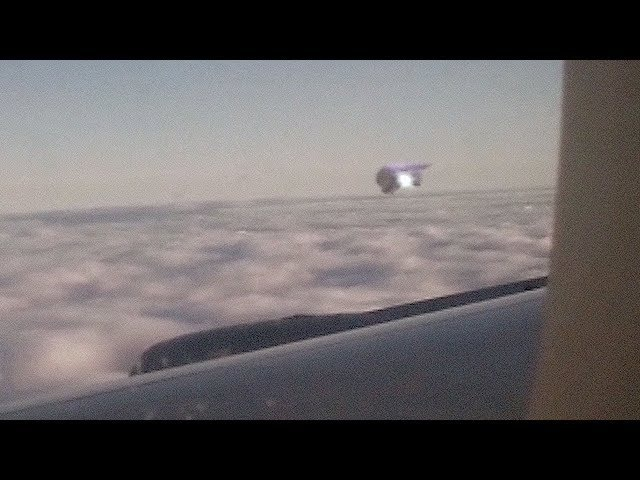 UFO filmed from Airplane in the sky of CHINA March 2018