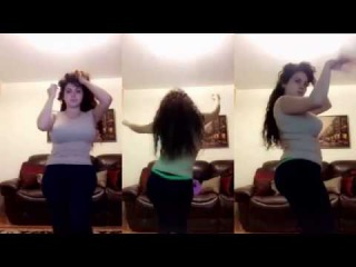 NEW ARABIC GIRL DANCE || GIRL AMAZING DANCE WITH PASHTO SONG || DUBBED SONGS || NEW 2017 DECEMBER