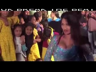 Large Hair, Bade Ball Wala Hijra, Kinner, Kiner, Shemale Hot Dance in Green Dress