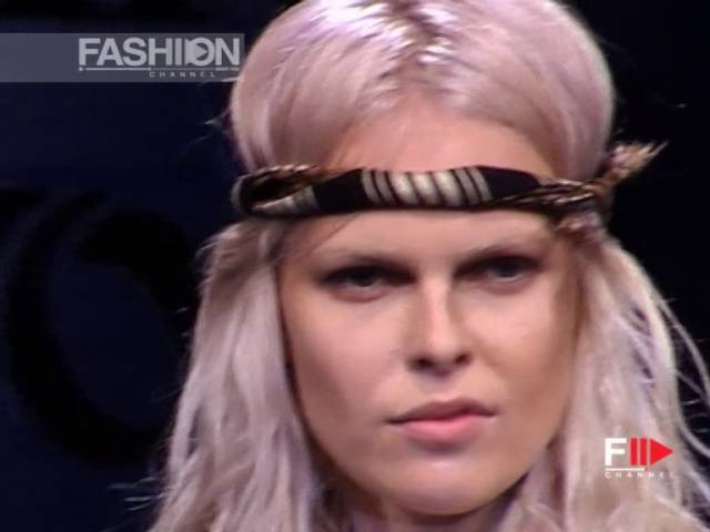 VIVIENNE WESTWOOD Full Show Spring Summer 2004 Paris by Fashion Channel