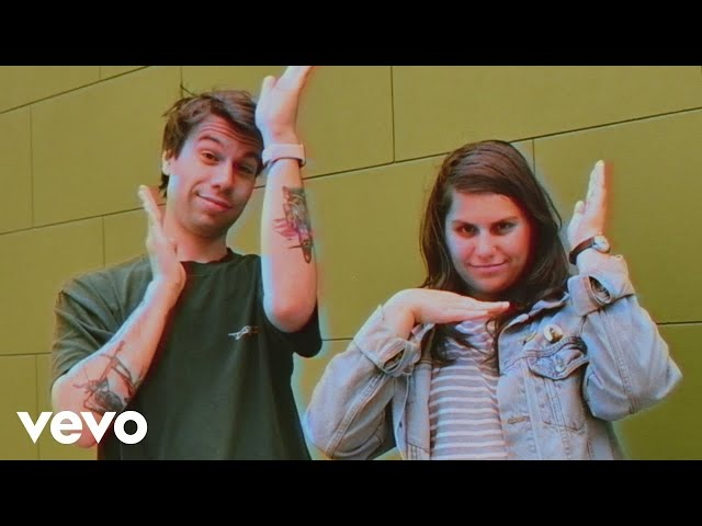 Alex Lahey - I Love You Like a Brother (Official Video)