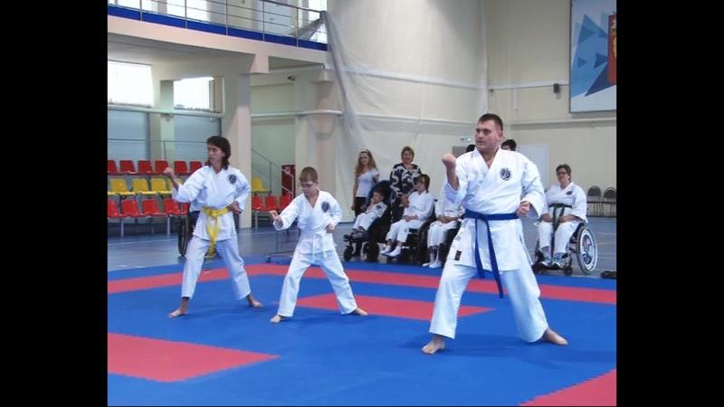 Спортсмены клуба «Стремление» из Клина провели мастер-класс по пара-карате.
