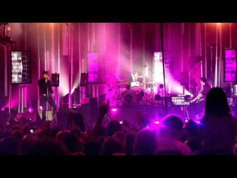 Keane - Everybody's changing (Live At O2 Arena DVD) (High Quality video) (HQ)