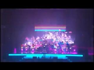 Blue Man Group feat. Venus Hum - I Feel Love [Donna Summer Cover]