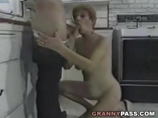 xhamster.com_7896827_granny_fucks_young_dick_in_the_kitchen_480p