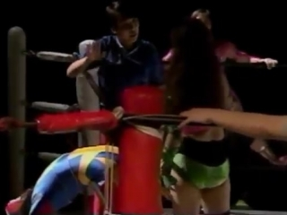 Mayumi Ozaki, Candy Okutsu vs. Command Bolshoi, Hikari Fukuoka (JWP 2.26.1993)