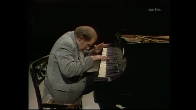Glenn Gould (piano) - Bach The Art of Fugue - Templo Cultural Delfos