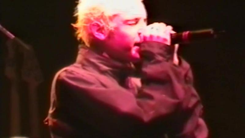 Linkin Park - Crawling (New York City,Roseland Ballroom 2001)