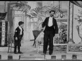 Коллекция фильмов Роберта У. Поля. Беспризорник и волшебник (1901)